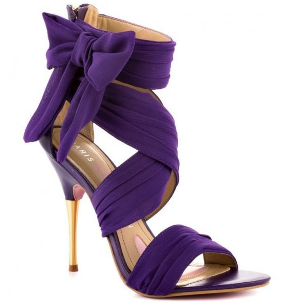 footwear,purple,violet,high heeled footwear,shoe,