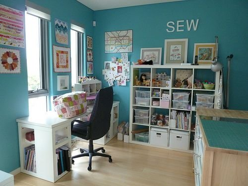 Use A Cute Color 22 Outstanding Sewing Room Ideas For Your