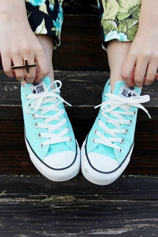 footwear,white,blue,green,sneakers,