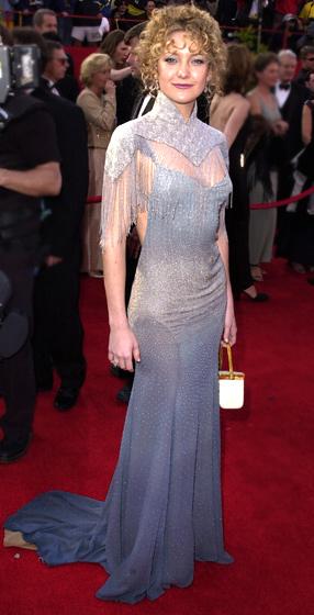 kate hudson � 2001 10 worst oscar dresses of all time �