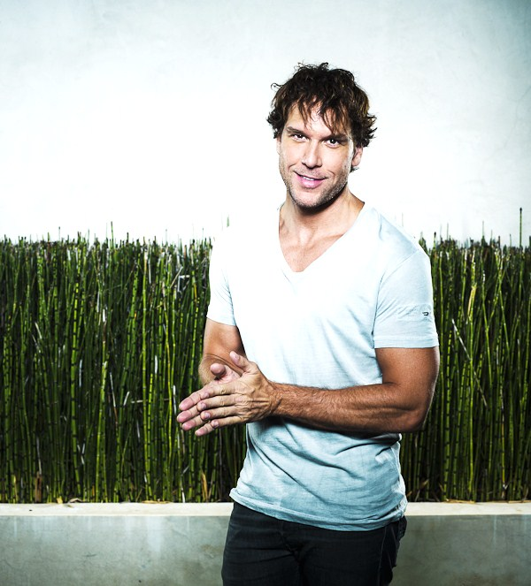 Dane Cook – Hottest American Comedian