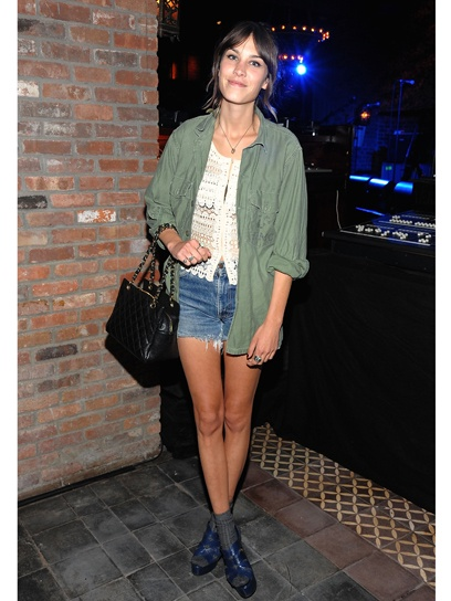 Alexa Chung - 10 Celebrities Wearing Army Green Jackets ...