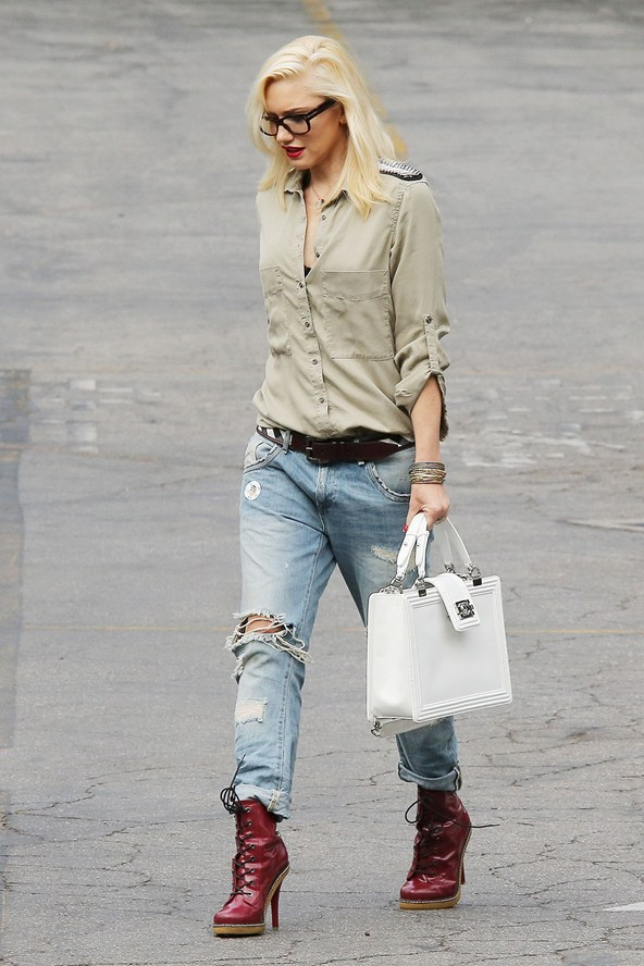 Gwen Stefani - 9 Celebrities Wearing Boyfriend Jeans - Who Wore It…