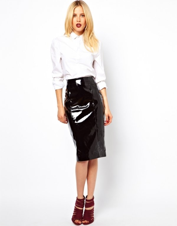 The Shiny One - 7 Gorgeous Pencil Skirts You'll Love ... → 👗…