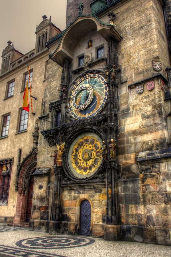 Prague Astronomical Clock,Old Town, Minute House,town,road,urban area,