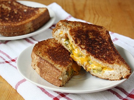 Jalapeno Popper Grilled Cheese Recipe...