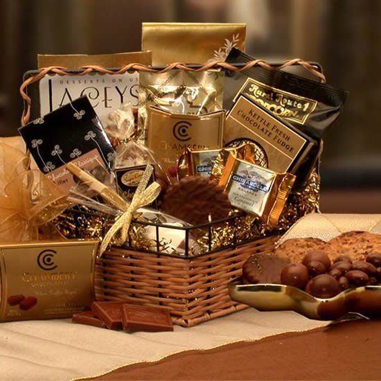 10 christmas gift basket ideas that rock chocolate gift basket 30 150 negle Choice Image