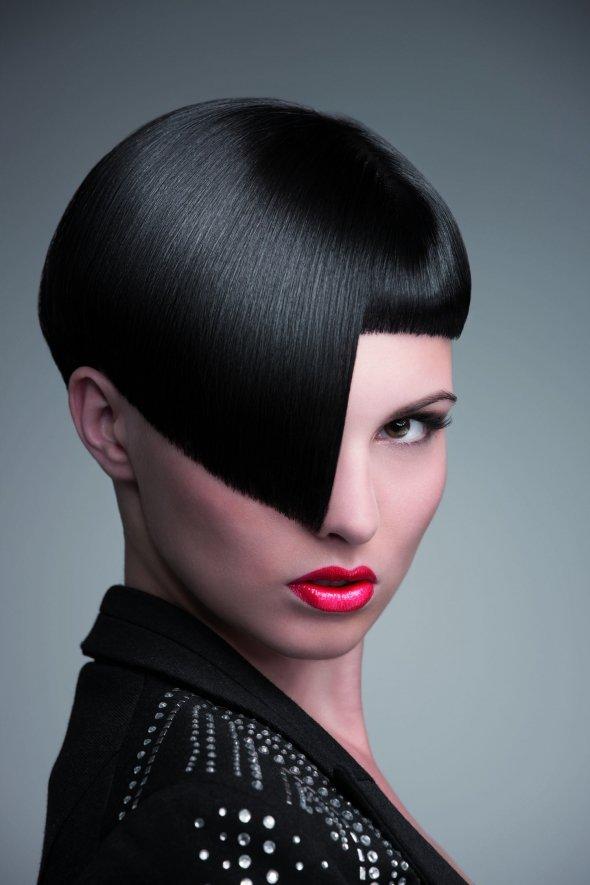 sci fi sassy   17 geometric hairstyles that look gorgeous