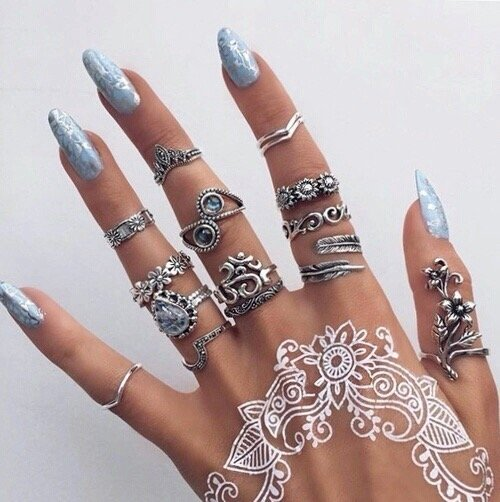 Make the Most of Henna Tattoos for a Cool Temporary Look