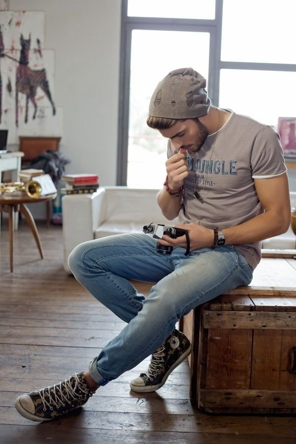 human positions,sitting,footwear,leg,riNGLE,