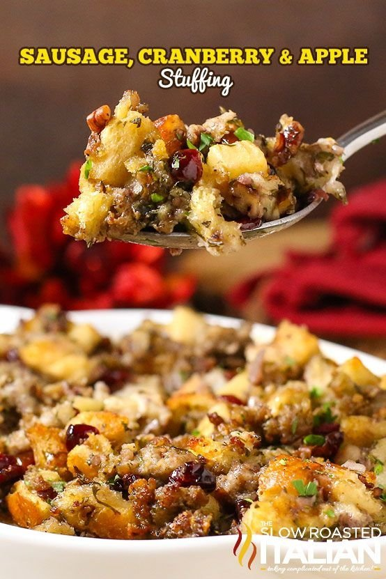 Stuffing with Sausage, Cranberry and Apple