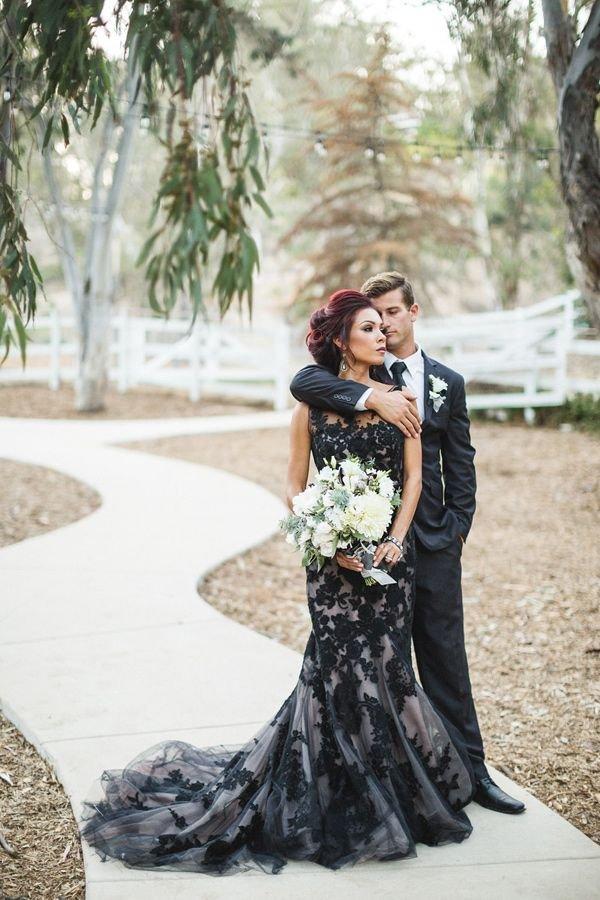 photograph,dress,woman,bride,wedding dress,