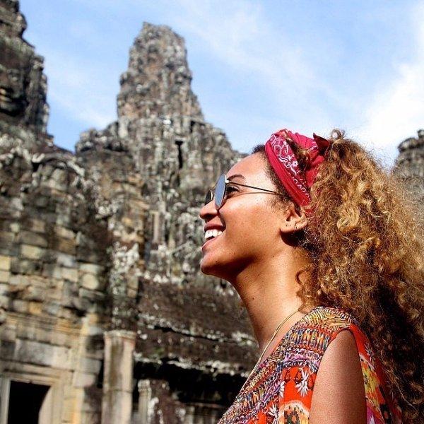 Angkor Thom, red, beauty, girl, photo shoot,