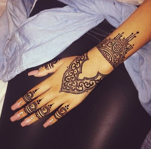 34 Wrist Cuff  35 Incredible Henna Tattoo Design