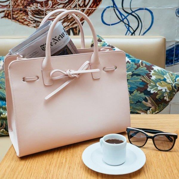handbag, bag, fashion accessory, product, product,
