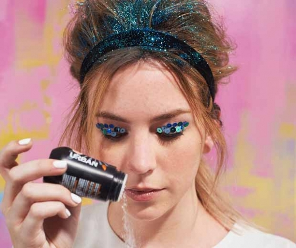 Glitter Hair Glitter Eyes You Ll Want To Rock These