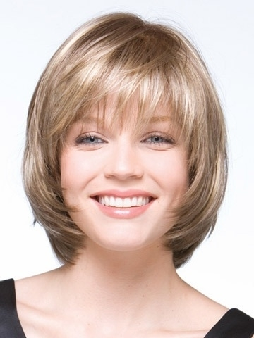 13. Softly Layered Bob - 23 Hairstyles for Your Diamond Shape Face…