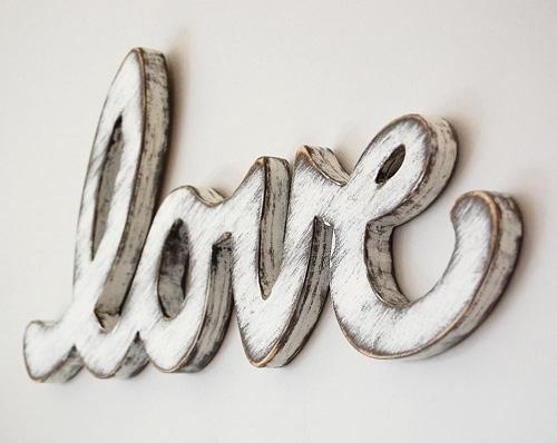 Cottage Décor Love Sign