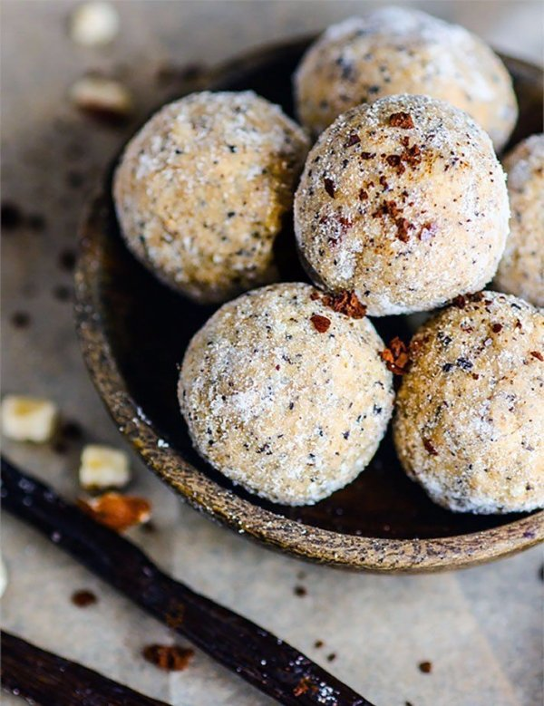 No Bake Maple Vanilla Nut Latte Protein Bites
