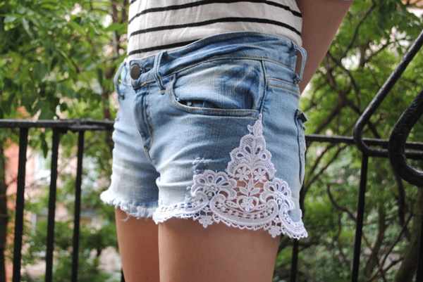 Lacy Shorts II - 8 Cute Lace and Denim DIY Projects to Try ...