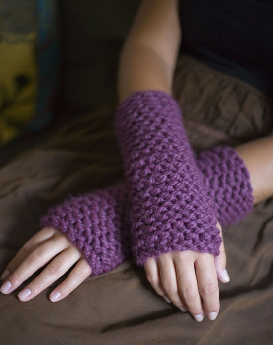 2. Wrist Warmers - 7 Fabulous Items for Your DIY Fall Wardrobe ...wrist warmers