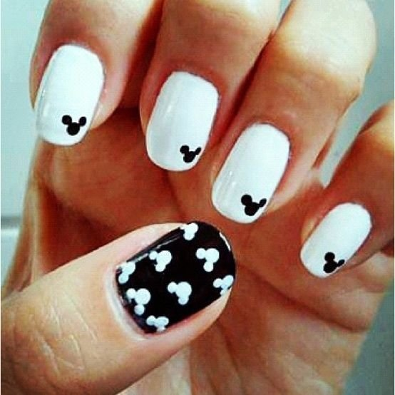 Easy to Make Mickey Mouse Nail Art - Easy To Make Mickey Mouse Nail Art - 23 Super Easy Nail Art…