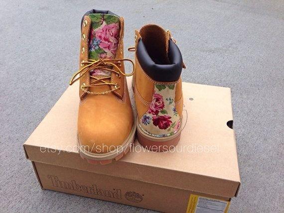 footwear,shoe,outdoor shoe,