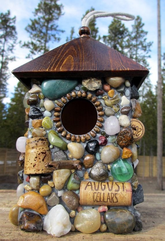 33 stone crafts that will rock your world diy for Diy stone birdhouse