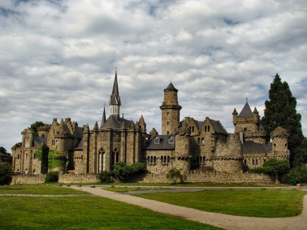 "Lowenburg Castle – 18th Century ""Disneyland"""