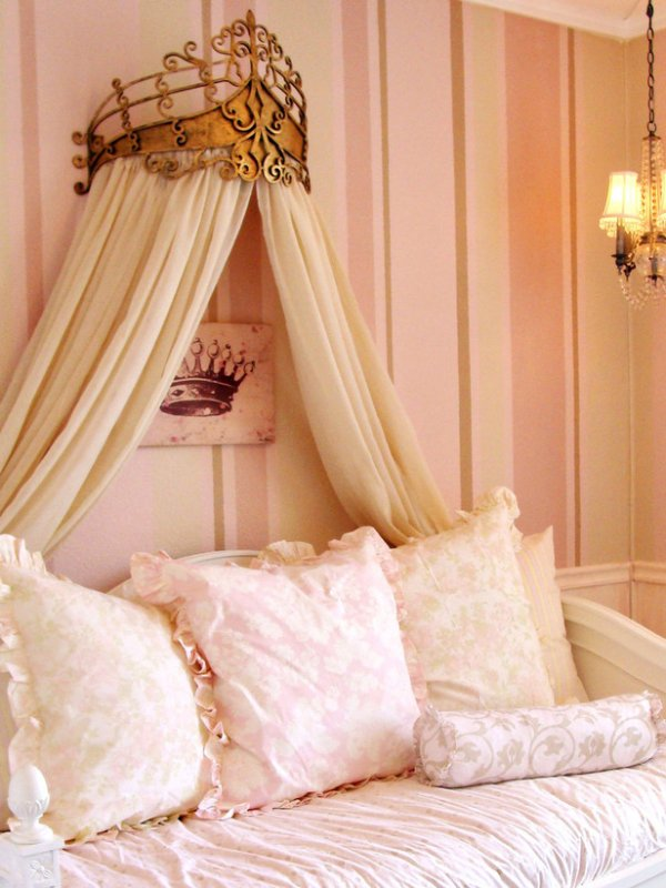 Pink princess 7 gorgeous bed canopies to make your room - Como hacer un pabellon para cama ...