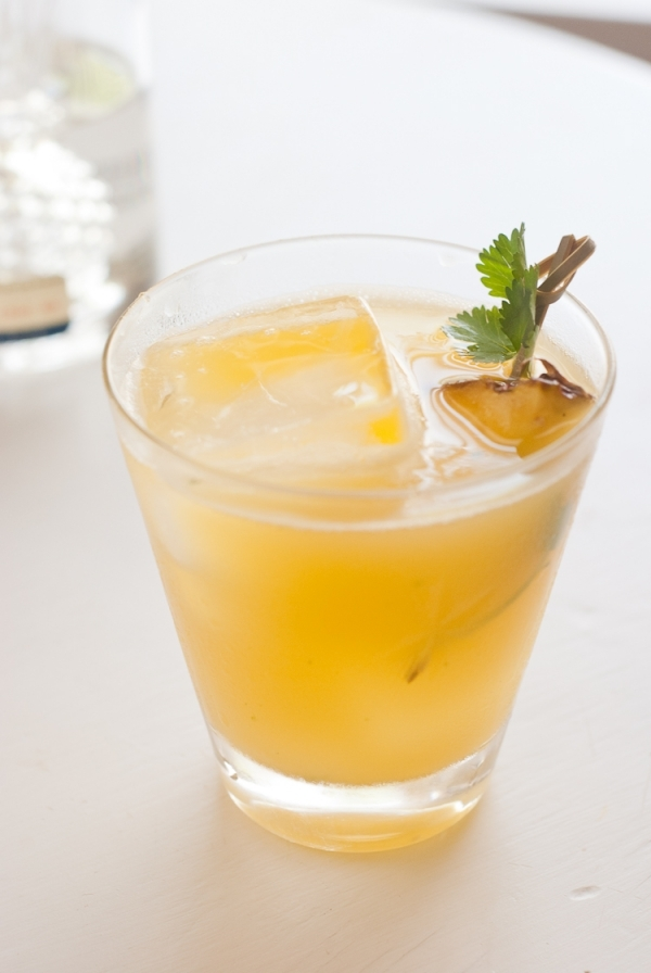 Pineapple and Mango Rum Cocktail - 17 Fruity Alcoholic Drink…