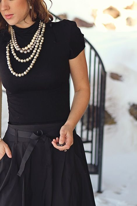 clothing,dress,little black dress,sleeve,gown,