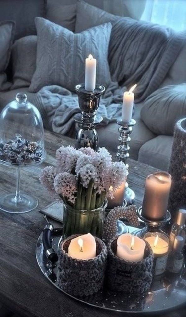 centrepiece,lighting,table,candle,flower,