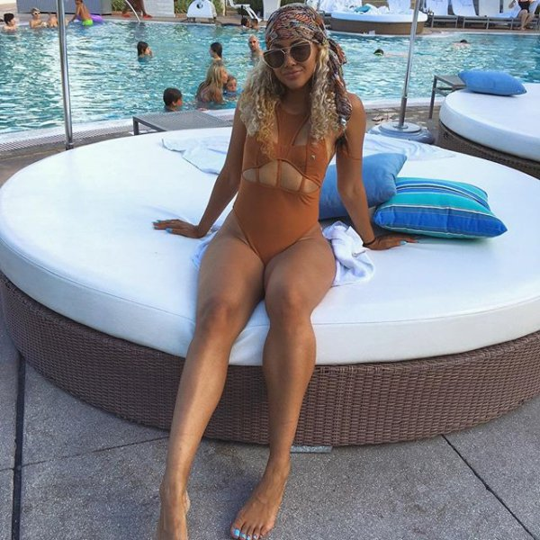 clothing, swimming pool, swimwear, leg, sun tanning,