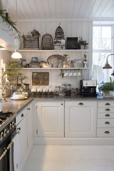 FRENCH COUNTRY COTTAGE Vintage Kitchen