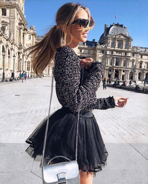 Louvre, Arc de Triomphe du Carrousel, clothing, dress, pattern,
