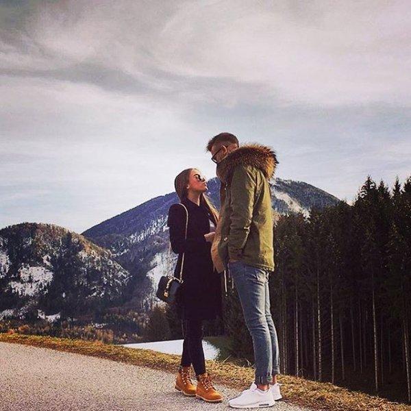 photograph, people, vacation, mountain, walking,