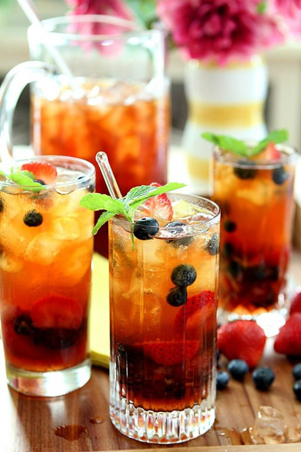 26. Very Berry Iced Tea with Honey Mint Syrup - Ahhh! Quench Your…