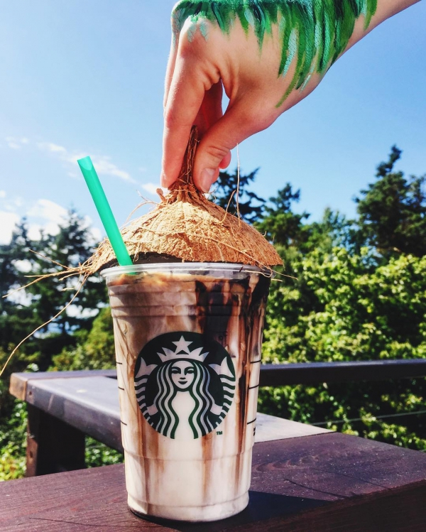 Starbucks, drink, frappé coffee, milkshake,