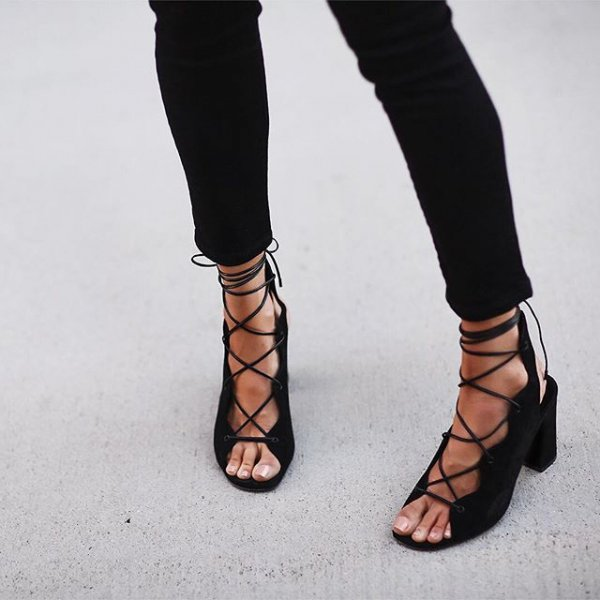 footwear, clothing, leg, shoe, high heeled footwear,