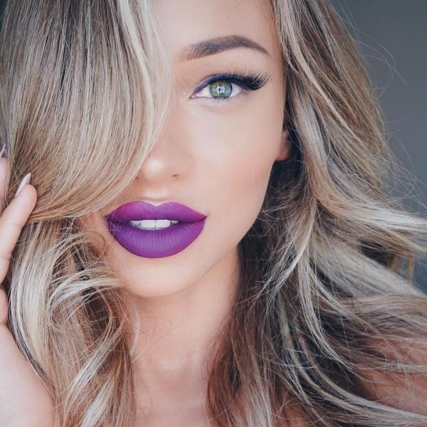 hair,face,eyebrow,blond,lip,