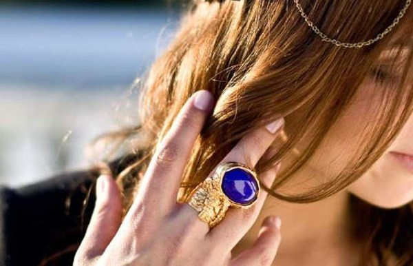 YSL Arty oval ring - Arabs Today