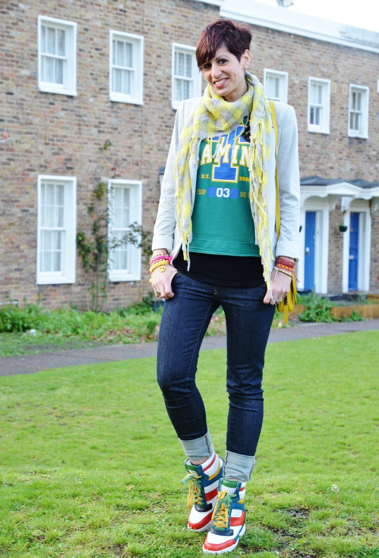 What To Wear With Bright Running Shoes 64