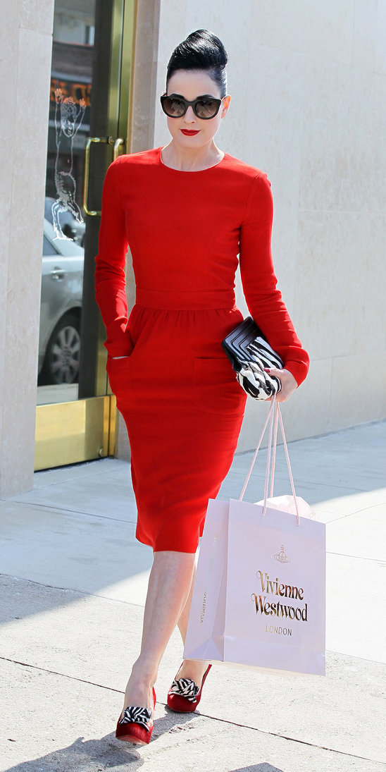 8 Tips On How To Dress Like Dita Von Teese Fashion