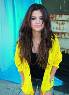 7 Great Ways to Wear Bright Yellow ... Fashion