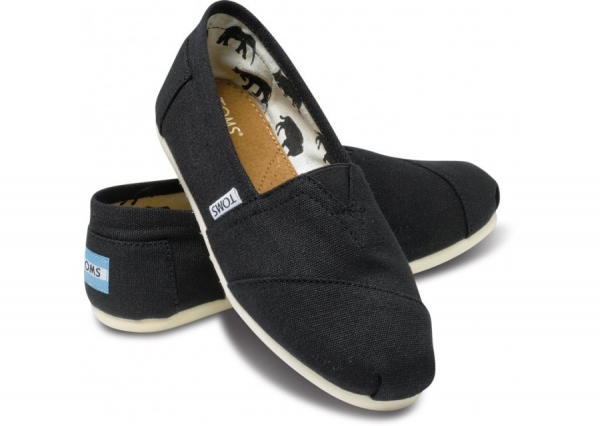 Black and Canvas Toms