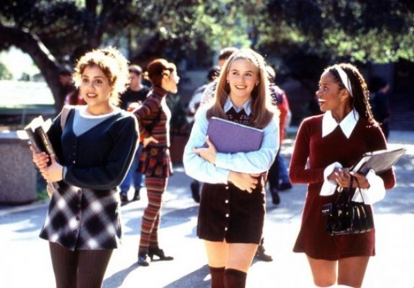3 chers scrumptious knee highs and chunky heels - A Few 90s Looks to Adopt This Year