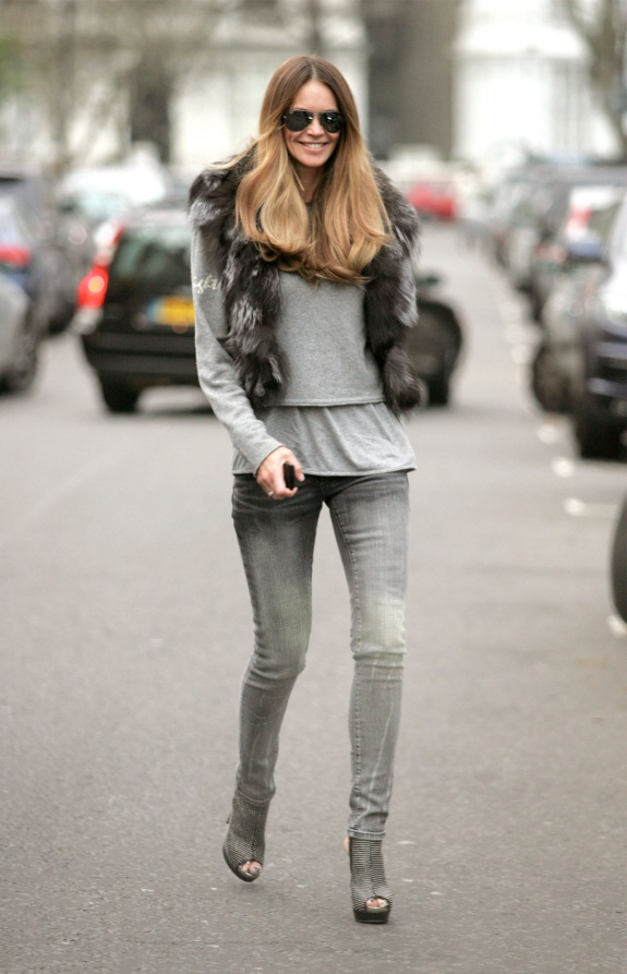 Grey Jeans - 7 Styles Of Jeans To Put In Your Closet This Fall ...u2026