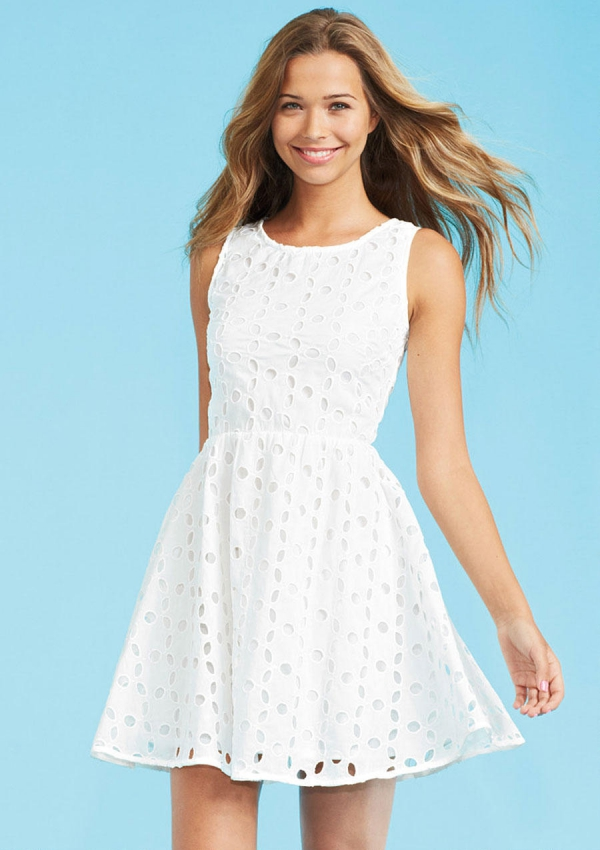 White Eyelet Dress - 7 Back to School Dresses That Will Make a…