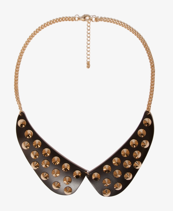Forever 21 \u2013 Peter Pan Spiked Bib Collar Necklace